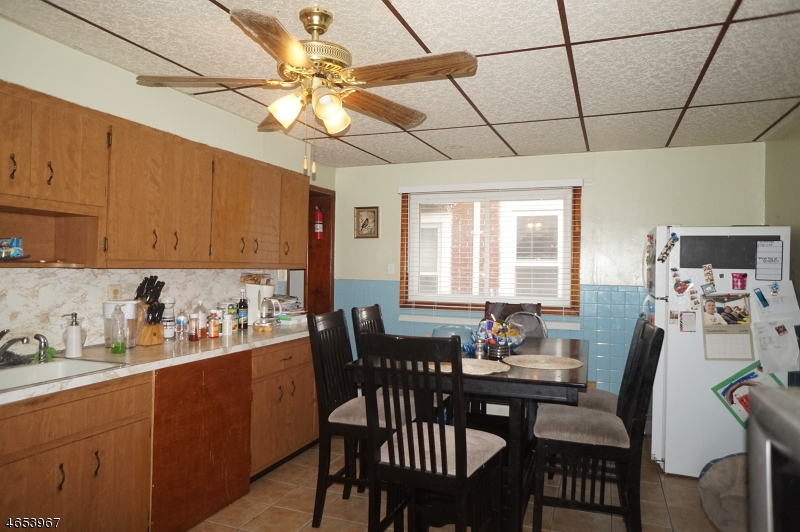 Additional photo for property listing at 232 Rankin Street  Elizabeth, Nueva Jersey 07206 Estados Unidos
