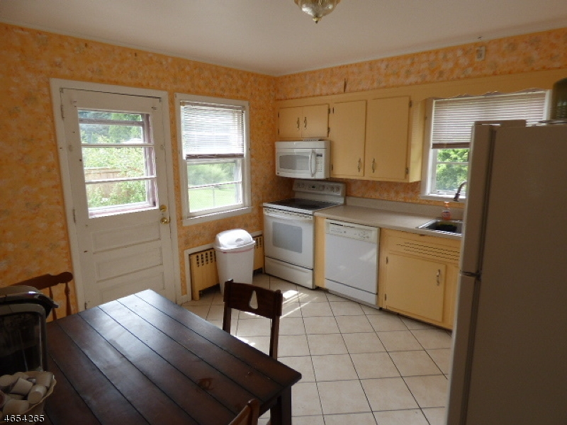 Additional photo for property listing at 5 Valley View Drive  Mine Hill, New Jersey 07803 United States