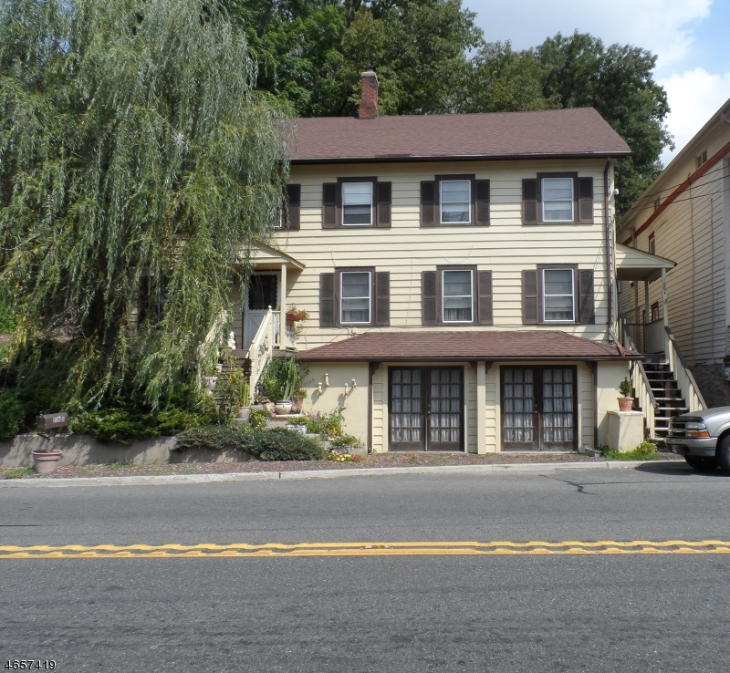 Многосемейный дом для того Продажа на 106-108 State Route 15 Lafayette, 07848 Соединенные Штаты