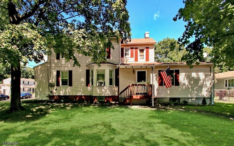 Casa Multifamiliar por un Venta en 197 May Street Hawthorne, Nueva Jersey 07506 Estados Unidos