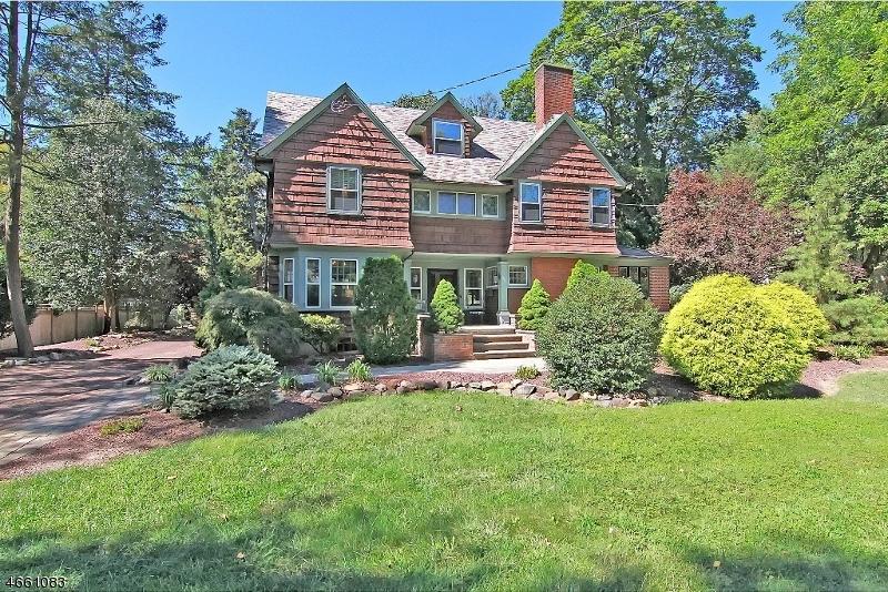 Частный односемейный дом для того Продажа на 633 Church Street Bound Brook, 08805 Соединенные Штаты