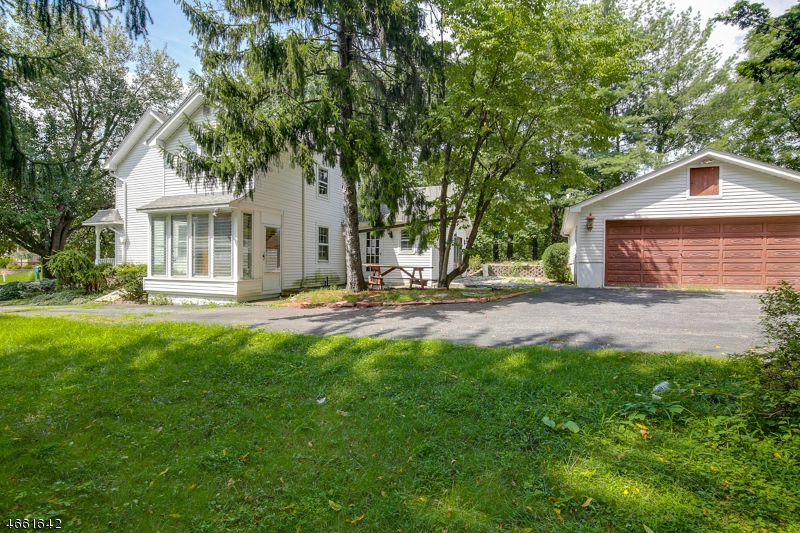 Additional photo for property listing at 12 Change bridge Road  Montville, New Jersey 07045 United States