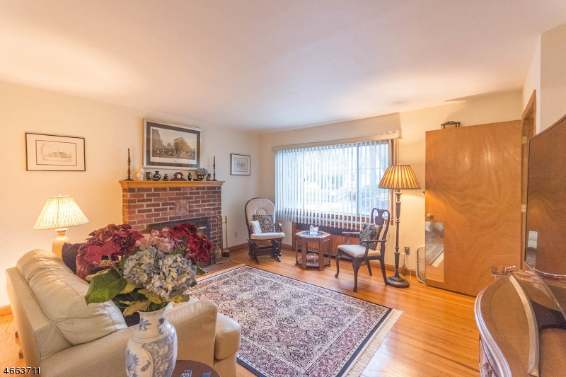 Additional photo for property listing at 1503 DeWitt Ter  Linden, Nueva Jersey 07036 Estados Unidos