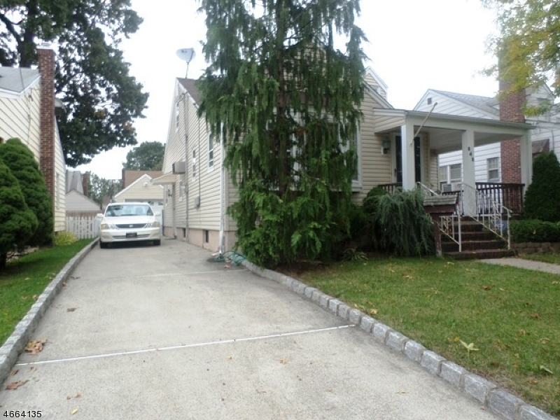 Additional photo for property listing at 842 Erudo Street  Linden, New Jersey 07036 États-Unis