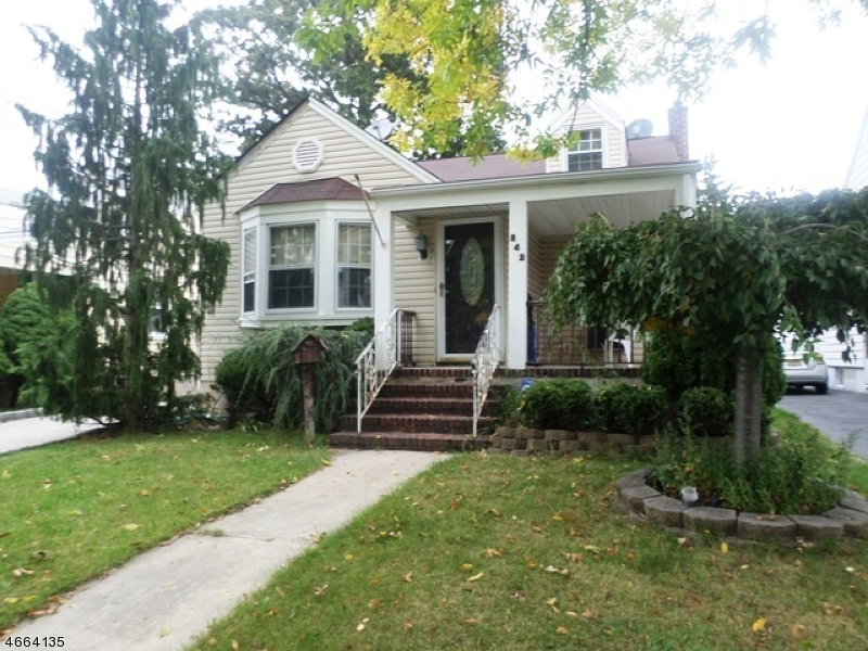 Additional photo for property listing at 842 Erudo Street  Linden, New Jersey 07036 United States