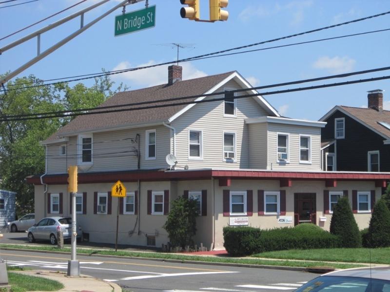 Commercial pour l Vente à 1 E High Street Somerville, New Jersey 08876 États-Unis