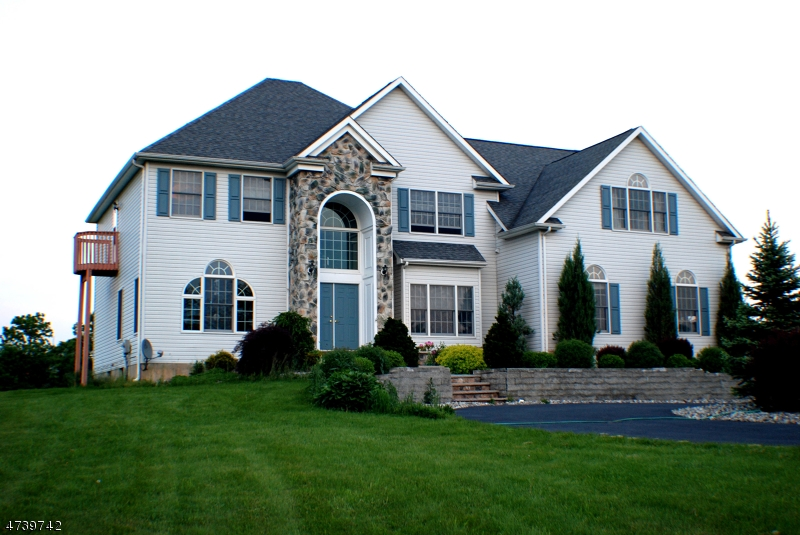 Maison unifamiliale pour l Vente à 7 MAPLE SPRINGS Road Alexandria Township, New Jersey 08867 États-Unis