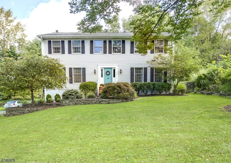 단독 가정 주택 용 매매 에 15 Claremont Road 15 Claremont Road Mansfield Township, 뉴저지 07840 미국
