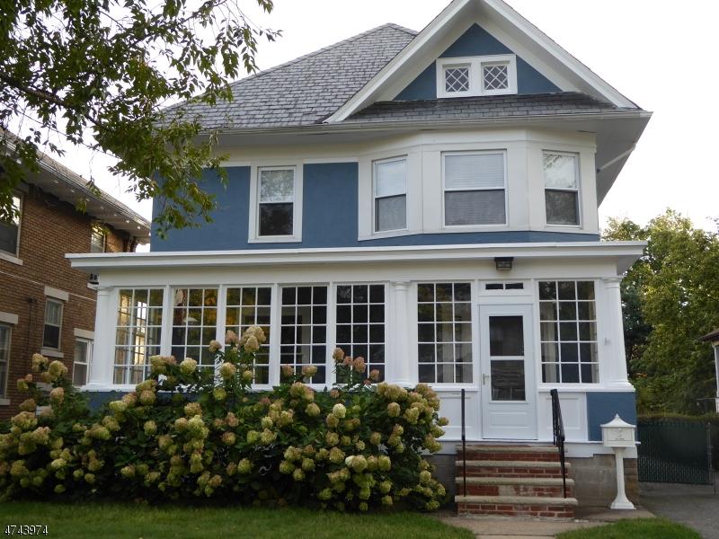 Частный односемейный дом для того Аренда на 8 Walker Avenue Morristown, Нью-Джерси 07960 Соединенные Штаты