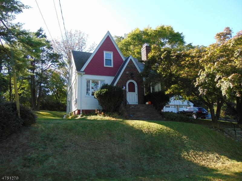 Частный односемейный дом для того Аренда на 11 Briant Pkwy Summit, Нью-Джерси 07901 Соединенные Штаты
