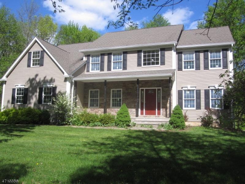 Частный односемейный дом для того Продажа на 457 Oak Grove Road Kingwood, Нью-Джерси 08825 Соединенные Штаты