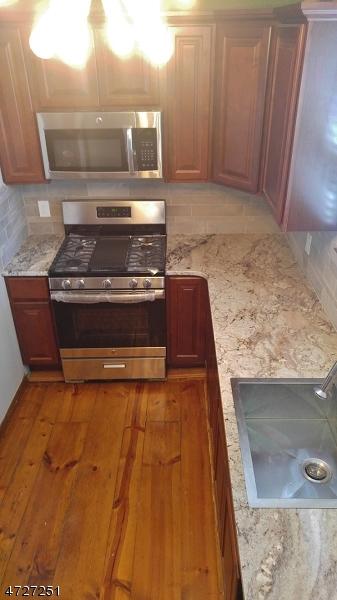 Maison unifamiliale pour l à louer à 31 S Middlebush Road Franklin, New Jersey 08873 États-Unis