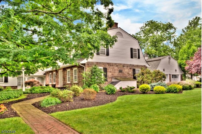 Eensgezinswoning voor Verkoop een t 23 Laauwe Avenue Wayne, New Jersey 07470 Verenigde Staten