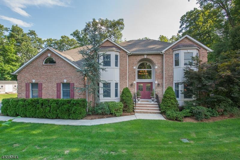 独户住宅 为 销售 在 66 FINCH Road 令伍特, 新泽西州 07456 美国