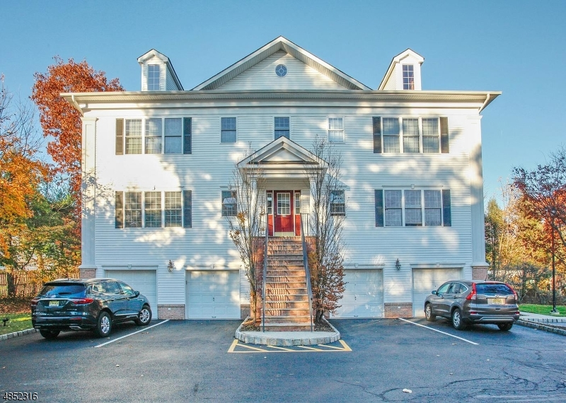 Condo / Townhouse for Sale at 109 HAWTHORNE Avenue Park Ridge, New Jersey 07656 United States