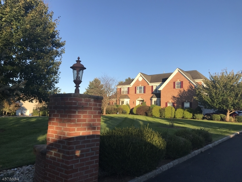 Single Family Home for Sale at 1 NEVIUS Place Franklin, New Jersey 08873 United States