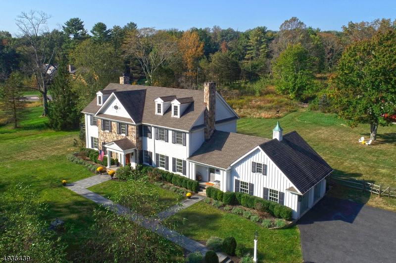 Single Family Homes のために 売買 アット Chatham, ニュージャージー 07928 アメリカ