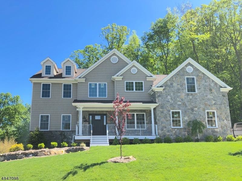 Single Family Homes vì Bán tại Mount Olive, New Jersey 07828 Hoa Kỳ