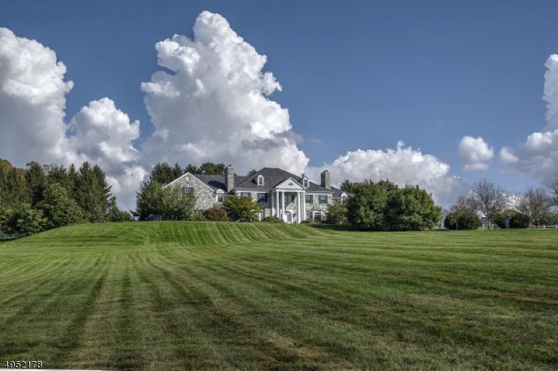 Single Family Homes للـ Sale في Bernardsville, New Jersey 07924 United States