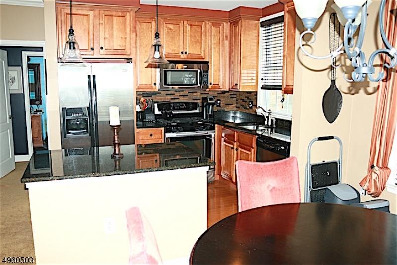 Кондо / дом для того Продажа на Riverdale, Нью-Джерси 07457 Соединенные Штаты