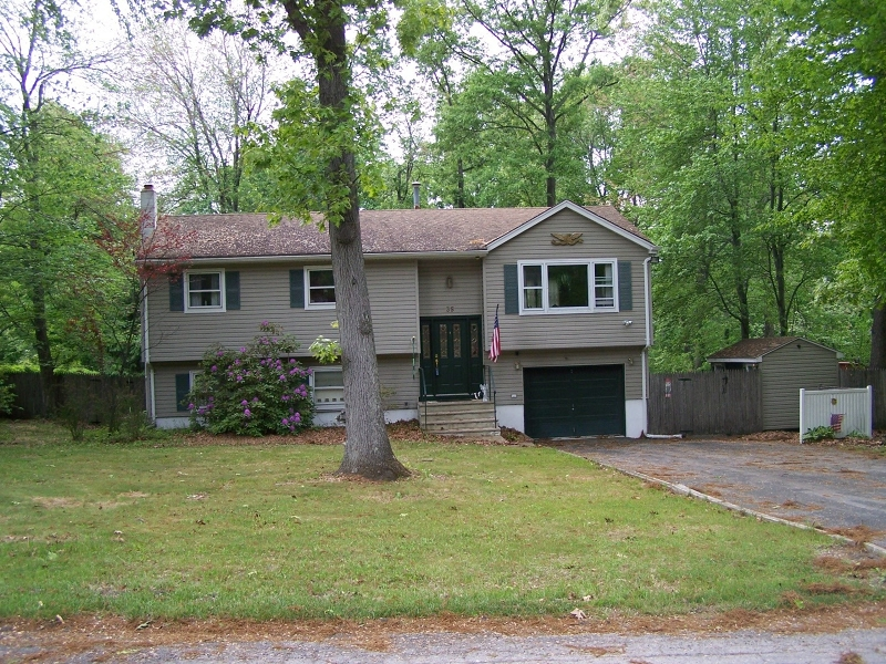 Additional photo for property listing at Address Not Available  Hamburg, Nueva Jersey 07419 Estados Unidos