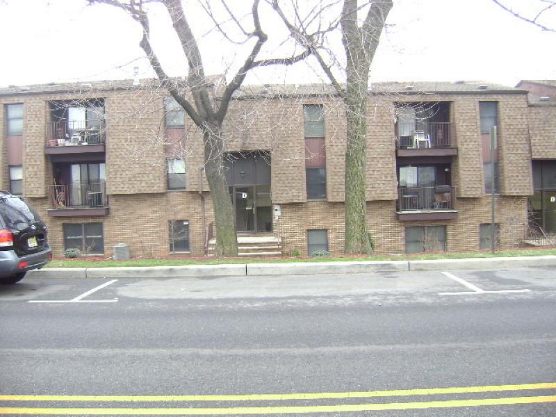 独户住宅 为 销售 在 Address Not Available Kearny, 新泽西州 07032 美国