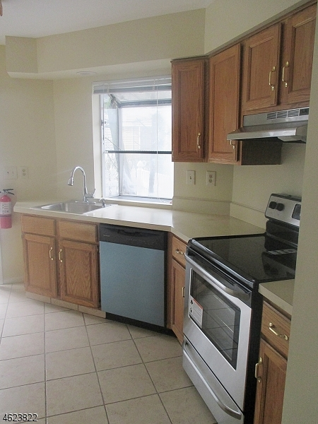 Additional photo for property listing at 44 Morgan Court  Bedminster, New Jersey 07921 United States