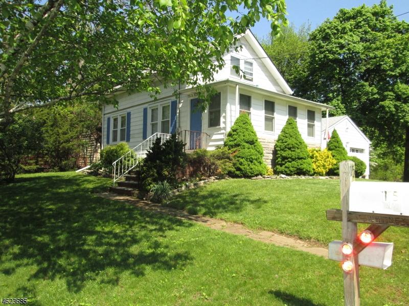独户住宅 为 销售 在 15 BEUNS Lane 韦恩, 新泽西州 07470 美国