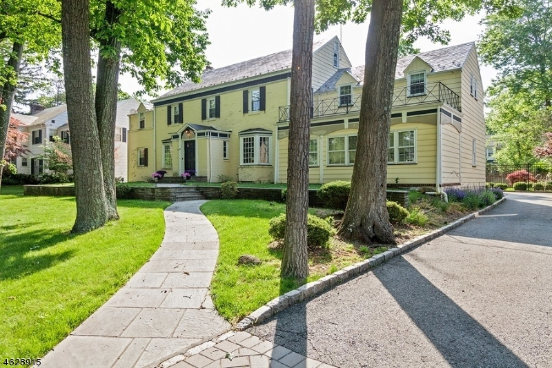 Single Family Home for Sale at 68 Duffield Drive South Orange, New Jersey 07079 United States