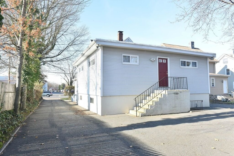 Additional photo for property listing at 333 Fairview Avenue  Westwood, Nueva Jersey 07675 Estados Unidos