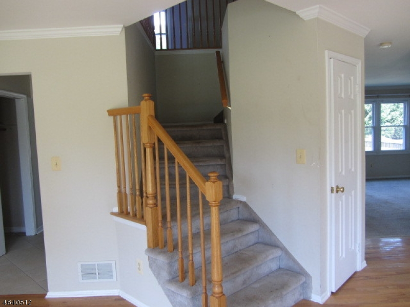 Additional photo for property listing at 14 Governor Road  Flemington, New Jersey 08822 États-Unis