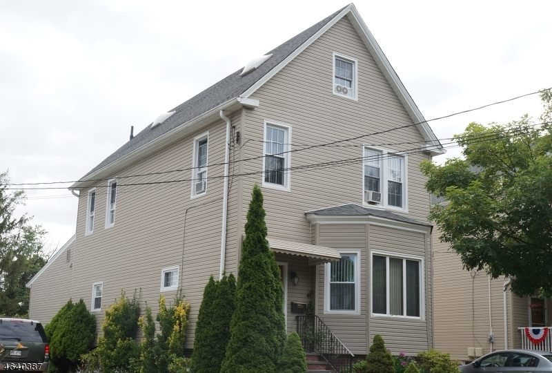 Single Family Home for Sale at 121 Mt Vernon Street Ridgefield Park, 07660 United States