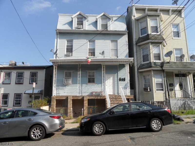 Additional photo for property listing at 13 Ward Street  Paterson, Нью-Джерси 07501 Соединенные Штаты