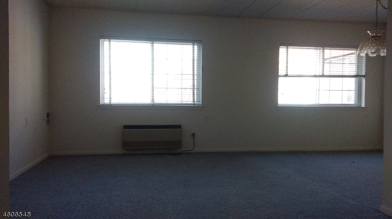 Additional photo for property listing at 255 Tucker Ave, APT 304  Union, New Jersey 07083 United States
