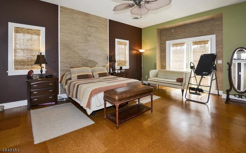 Additional photo for property listing at 222 W Washington Avenue  Washington, Нью-Джерси 07882 Соединенные Штаты