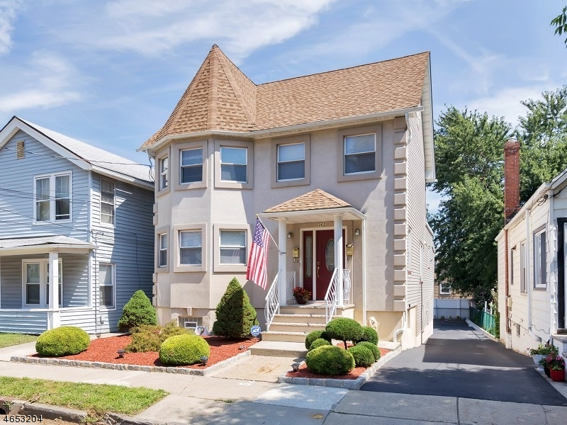 多户住宅 为 销售 在 362 Forest Street Kearny, 07032 美国