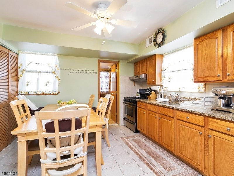 Additional photo for property listing at 362 Forest Street  Kearny, New Jersey 07032 United States