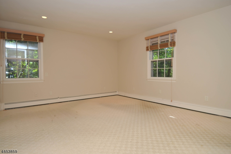 Additional photo for property listing at 868 Pueblo Drive  Franklin Lakes, Нью-Джерси 07417 Соединенные Штаты