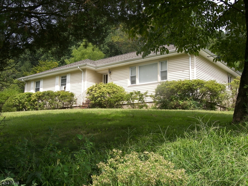 Additional photo for property listing at 376 Pine Brook Road  Lincoln Park, New Jersey 07035 États-Unis