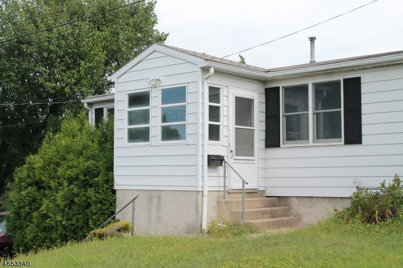 Single Family Home for Rent at 401 Aurora Street Phillipsburg, New Jersey 08865 United States