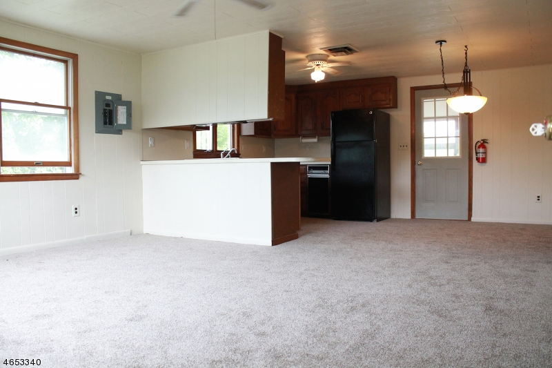 Additional photo for property listing at 401 Aurora Street  Phillipsburg, New Jersey 08865 United States