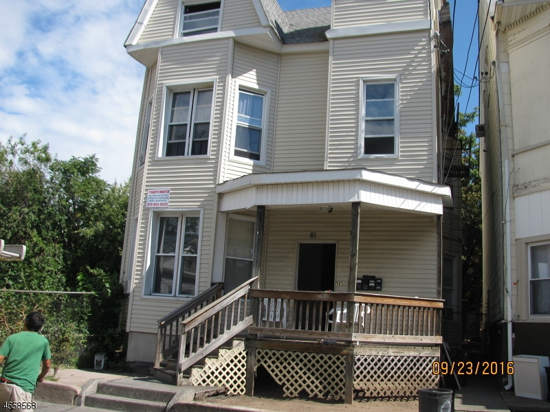 Additional photo for property listing at 81 Auburn Street  Paterson, Nueva Jersey 07501 Estados Unidos
