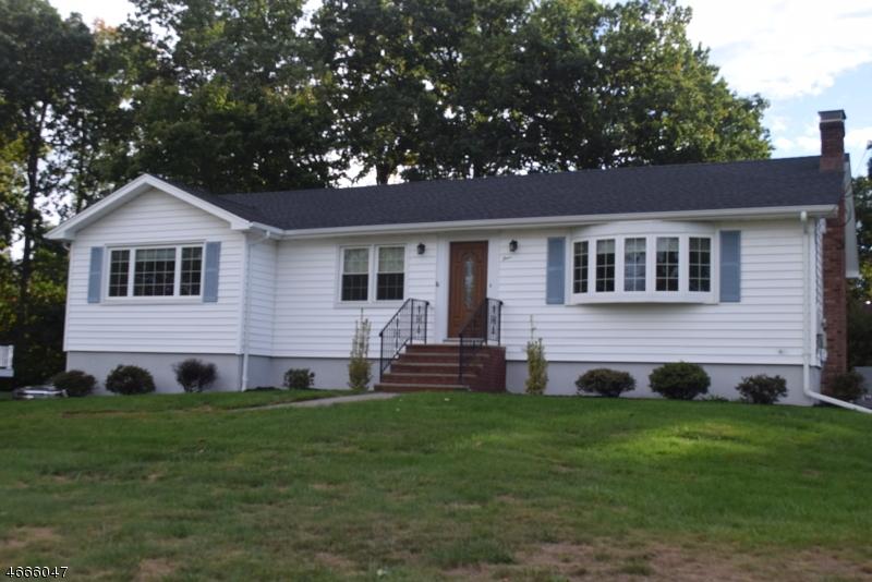 Частный односемейный дом для того Продажа на 4 Cove Lane Road Whippany, 07981 Соединенные Штаты