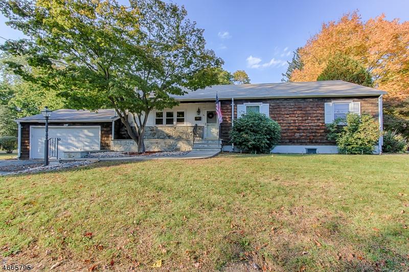独户住宅 为 销售 在 34 Wilrue Pkwy Pompton Plains, 新泽西州 07444 美国