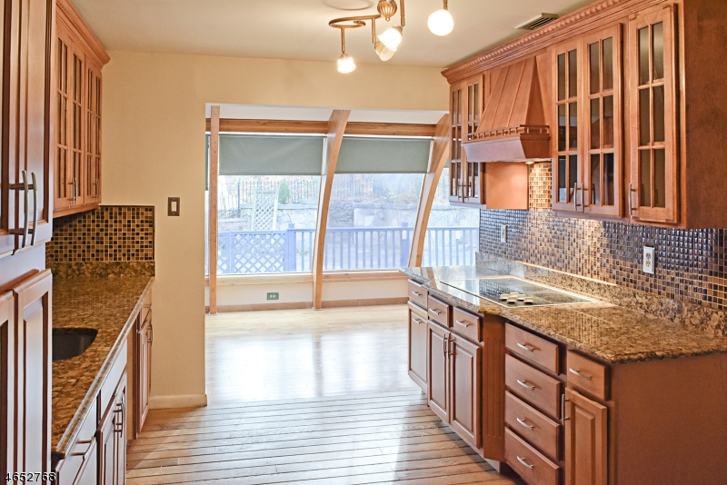 Частный односемейный дом для того Продажа на 42 Horizon Drive Succasunna, 07876 Соединенные Штаты