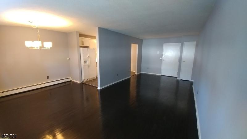 Частный односемейный дом для того Аренда на 301 W Morris Ave, A1 Linden, 07036 Соединенные Штаты