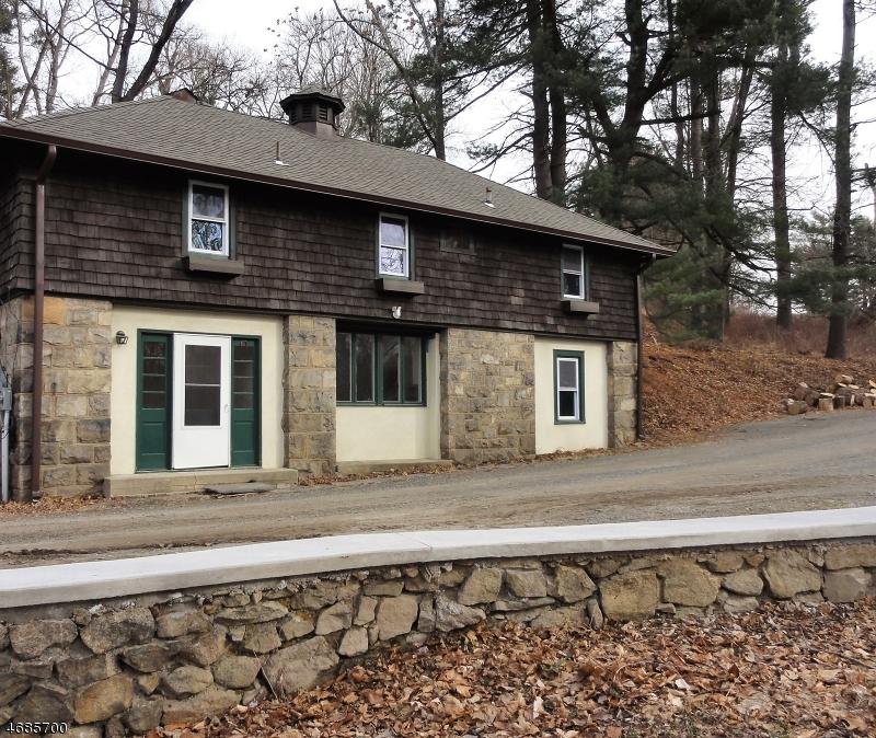 独户住宅 为 出租 在 87 Ravine Lake Road 伯纳兹维尔, 新泽西州 07924 美国