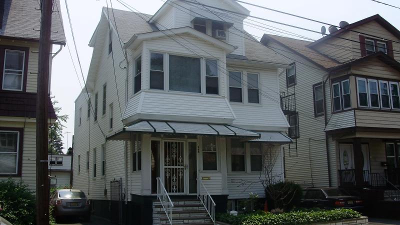 独户住宅 为 出租 在 268 Vermont Avenue Irvington, 新泽西州 07111 美国