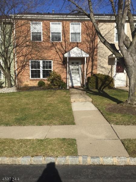 Частный односемейный дом для того Продажа на 33 GETTYSBURG WAY Lincoln Park, Нью-Джерси 07035 Соединенные Штаты