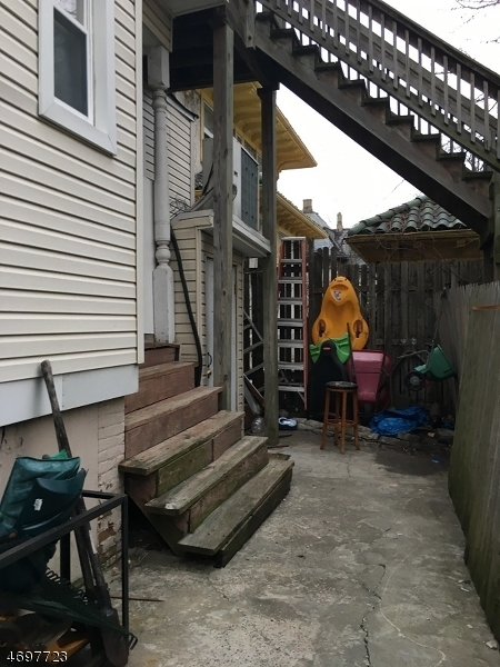 Additional photo for property listing at 384-388 12TH Avenue 384-388 12TH Avenue Paterson, ニュージャージー 07514 アメリカ合衆国